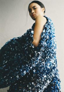 Materialexperiment i fokus – modevisning på Beckmans Designhögskola