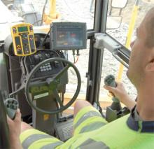 Stort intresse för Volvos väghyvlar med elservo