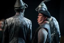 Glada Hudik-teatern fyller Ericsson Globe med 8000 skolbarn på turnéfinalen