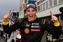 Full pott för Lundqvist i Formula STCC Nordic på Mantorp Park