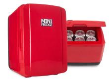 Kylskåp i miniformat som kan kyla eller värma maten
