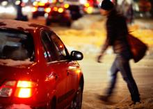Kolme neljästä jalankulkijasta huolissaan erottautumisestaan pimeällä – silti heijastin puuttuu joka toiselta