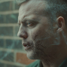 Free help to give up smoking as hard-hitting new TV advert starts