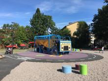 Nu invigs Bronsspännets lekplats  i Köping!