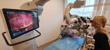 Akademiska får världsunik robot för mikrokirurgisk behandling av lymfödem
