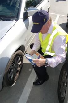 Goodyears däckpatruller ska främja en säkrare körning
