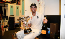 Alastair Cook Knighted In New Year's Honours