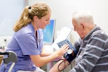 Äldremottagning snart på alla vårdcentraler