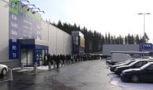Långa köer när Elgiganten öppnade i Ludvika