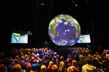 Verdens største globus lander i København