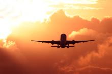 Expedia präsentiert Flugreise-Trends 2015: Aktuelle Studie zeigt, wie man diesen Sommer sparen kann