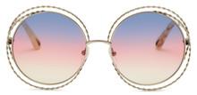 Chloé nytolkar de ikoniska Carlina solglasögonen