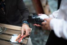 Resurs Bank skapar kortprogram för NOWOs satsning på kreditkort med pensionssparande