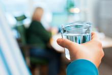 Bra jobbat – vi ser att vattenförbrukningen har minskat. Men fortsatt smart vattenanvändning krävs.