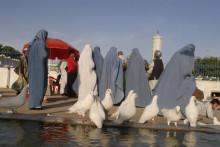 9 av 10 afghanska kvinnor rädda för att talibanerna återtar makten