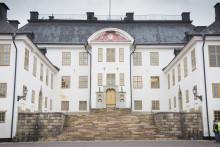 Sh restaurerar kunglig trappa