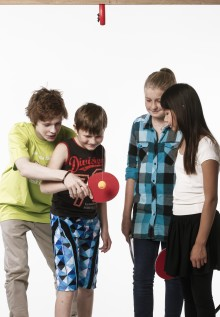 Träna öga/handkoordination och motorik med Swing Ping Pong
