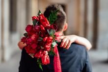 Zum Valentinstag 2019: Fleurop sucht die schönste Liebesgeschichte