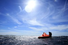 Livflotteövning ska öka säkerheten till sjöss