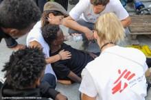 141 räddade på Medelhavet behöver komma i land omedelbart