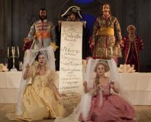 1700-talets mode, arrangerade äktenskap och prinsessbröllop i säsongens operaintroduktioner