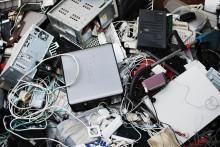 Minska och sortera julens avfall – elektronik, mat, förpackningar och julgranar