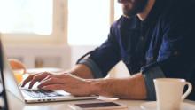 Snabb omställning till digitalt distansarbete kan bli många företags räddning i Corona-krisen