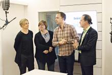 Snårets programledare Emma Jonsteg tilldelas Olle Engkvists medalj 2014