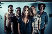 """Nu släpper svenska rockbandet Damn Delicious EP´n """"Live Session"""" release den 16 april 2014!"""