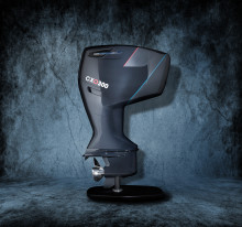 Cox Powertrain: Preview of the World's First 300HP Marine Diesel Outboard at Cannes Yachting Festival