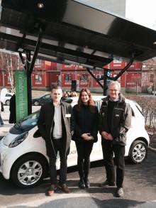 Akademiska Hus inviger solcellsdriven laddstation från Solelia för elbilar på KTH Campus