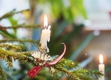 God jul och gott nytt år önskar vi dig!