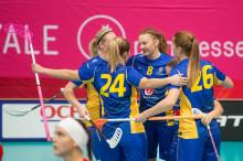 Sveriges damer avgjorde mot Tjeckien med 30 sekunder kvar.