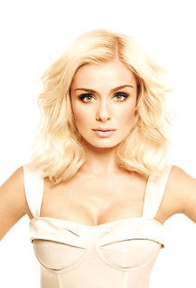 Katherine Jenkins to play intimate summer concert at Stoke Park, Buckinghamshire