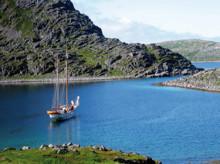 Vandra och segla mellan Nordkap och Tromsö