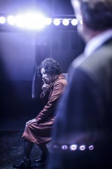 Asbrink debuterar som dramatiker