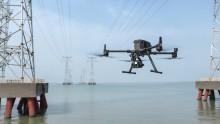 DJI setzt mit der Vorstellung der fortschrittlichsten kommerziellen Drohnenplattform und der ersten Hybridkameraserie einen neuen Standard für Industriewerkzeuge