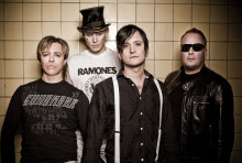 Kultbandet NOICE gör livespelning på Replokalen 9 januari