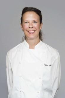 Ulrika Andersson från Grodan lagar mat till VM damerna i fotboll.