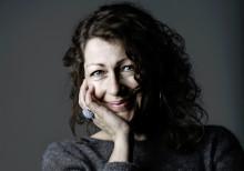 Elisabeth Åsbrink - en av gästerna på Bokens Dag i Lindesberg