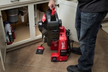 NY, KRAFTIG AVLØPSRENSER PÅ 18V BATTERI – MILWAUKEE® M18 FUEL™ SWITCH PACK