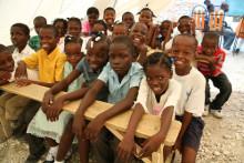 Temporära skolor igång i Haiti