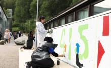Unga Bergsjöbor målar sitt Bergsjön