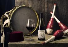 Palais du Circus Organic - Välgjort Rhônevin med inspiration från cirkusens magiska värld.