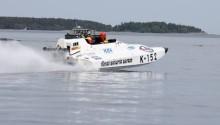 Gunnar Olderin tog SM-silver i K2000 båtracing.