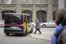 Volkswagen-koncernens MOIA presenterar koncept med världens första elbil för samåkning