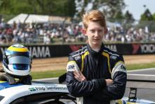 Från DTC till V8TC – Filip Sandström gör V8 Thunder Cars-debut i Västkustloppet