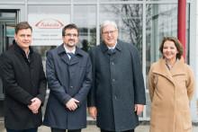 Wirtschaftsminister Prof. Dr.-Ing. Jörg Steinbach zu Gast bei Takeda in Oranienburg