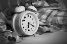 Fyra av tio svenskar har svårt att sova - riskerar hälsan