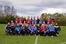 Emma Svensson och Moa Carlsson, Dalby GIF,  tilldelas Woody Ungdomsledarstipendiet 2016